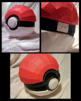 Pokeball by MakenXXX