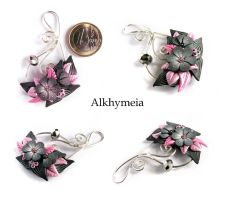 Secret Garden in Black and Pink by Alkhymeia