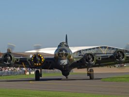 B17 Sally B Power by davepphotographer