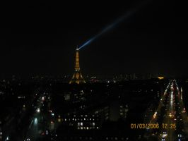 eifel tower search light by 1234penis1234
