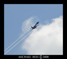 F-15 Eagle rapid ascent by Luv2suspendyou