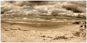 Lake Erie Panorama by rsiphotography