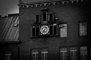time is running by merrie91