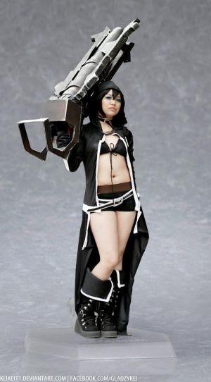 A not so Black Rock Shooter Figurine by keikei11