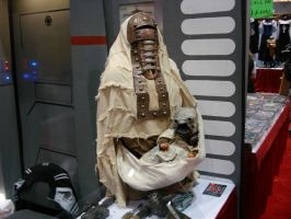 Tusken Raider Female and Baby by steveclaus