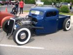 Street Rodder Ford by PhotoDrive