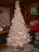 Pink Christmas Tree by Tadoke