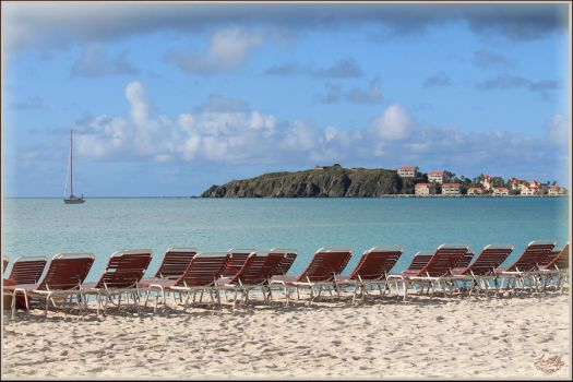 Beach on St. Marteen by lover-o-life