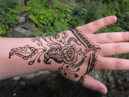 Rosey Henna by Toxicintensity