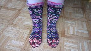 Colorful fair-isle Lilli socks by KnitLizzy