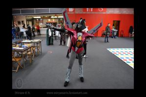 StarScream Cosplay_showing off by Miryamaris