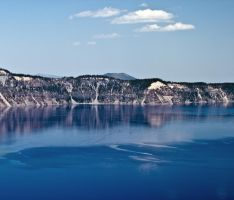 Crater Lake by melmaya