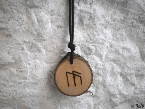 Bindrune for inspiration and more - Norse amulet by UrdHandicrafts