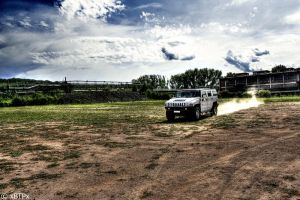 Hummer H2 HDR II by xMAXIx