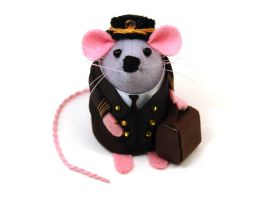 Pilot Captain Mouse by The-House-of-Mouse