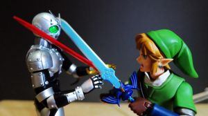 SH Figuarts Shadow Moon VS Figma LINK by Digger318