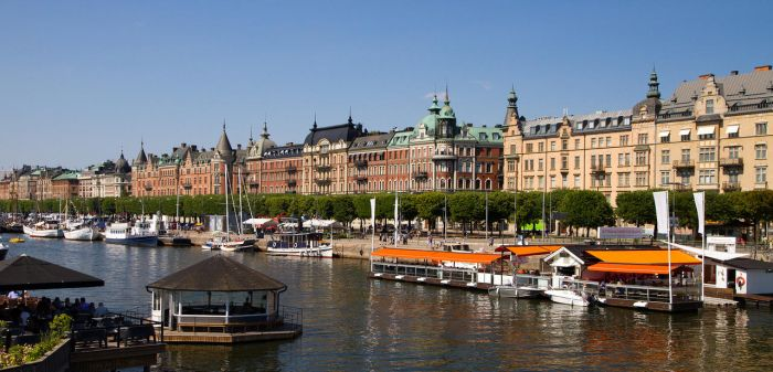 Stockholm shoreline by parallel-pam