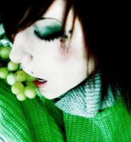 Poisoning Grape by liiinux