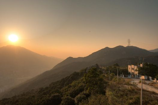 Sunset on WuTong Mt. by Yiargo
