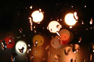 Stop Lights and Raindrops by phograph