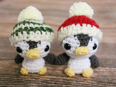 Christmas Penguins by dsgngrl