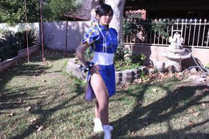 Typical Chun li pose by JessiieFase