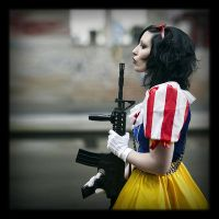 Fairy with ... guns IV by Osnafotos