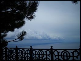 The boundary of sea and sky. by astroviolet