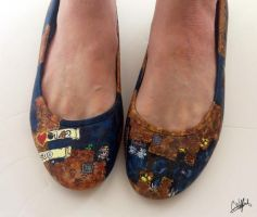 Spelunky video game handpainted pump shoes by arteclair