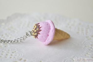 Strawberry Ice cream Necklace by Unicharms