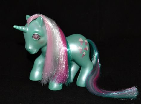 Pearlized Fizzy (for sale) by Soulren