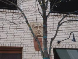 Face on the Wall by deoris