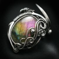LUXURTH Silver and Labradorite (ring) by LUNARIEEN