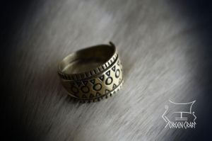 Baltic style ring by Jorgen-Craft