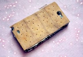 S'mores Phone Case by taeminchu