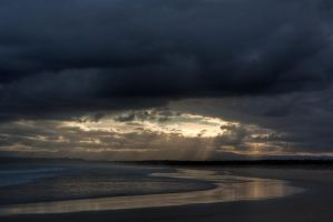 Sunset on Jervis bay beach by deviantjohnny99