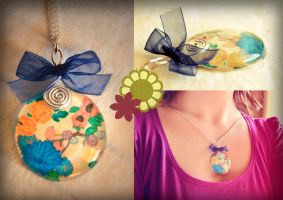 Crystal Pendant by Sumire-Art