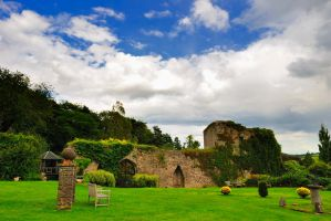 Usk castle by dan-da