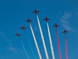 Red Arrows Arrival Sywell by davepphotographer