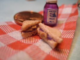 mini pbj by AlliesMinis