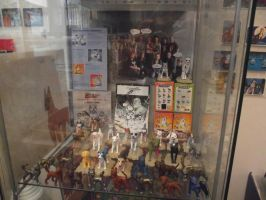 GNG and GDW figures behind the glass by methpring