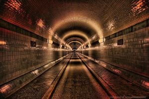 Hamburg - Old Elbtunnel by pingallery