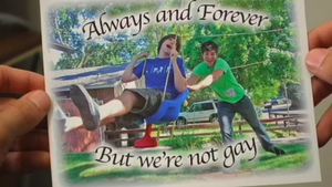 Smosh.. THERE NOT GAY XD by ThatsNiffi