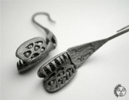 Flytrap Earrings - Detail by improbablecog