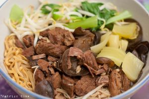 Stewed beef noodles by patchow