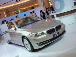 BMW 523i by pete7868