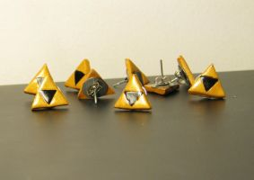 Triforce Earrings by totalexistancefail