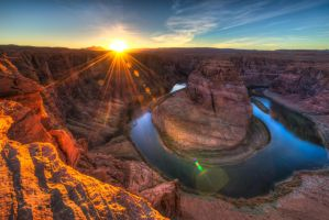 Horseshoe Bend, side view by alierturk
