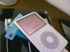 My new iPod :D iPod 5,5G 30GB by vinciART