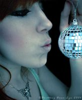 Mirrorball by Asilwen